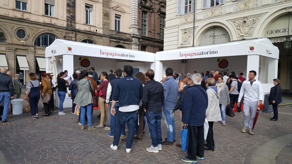 Degustazioni La Spagna a Torino Piazza San Carlo
