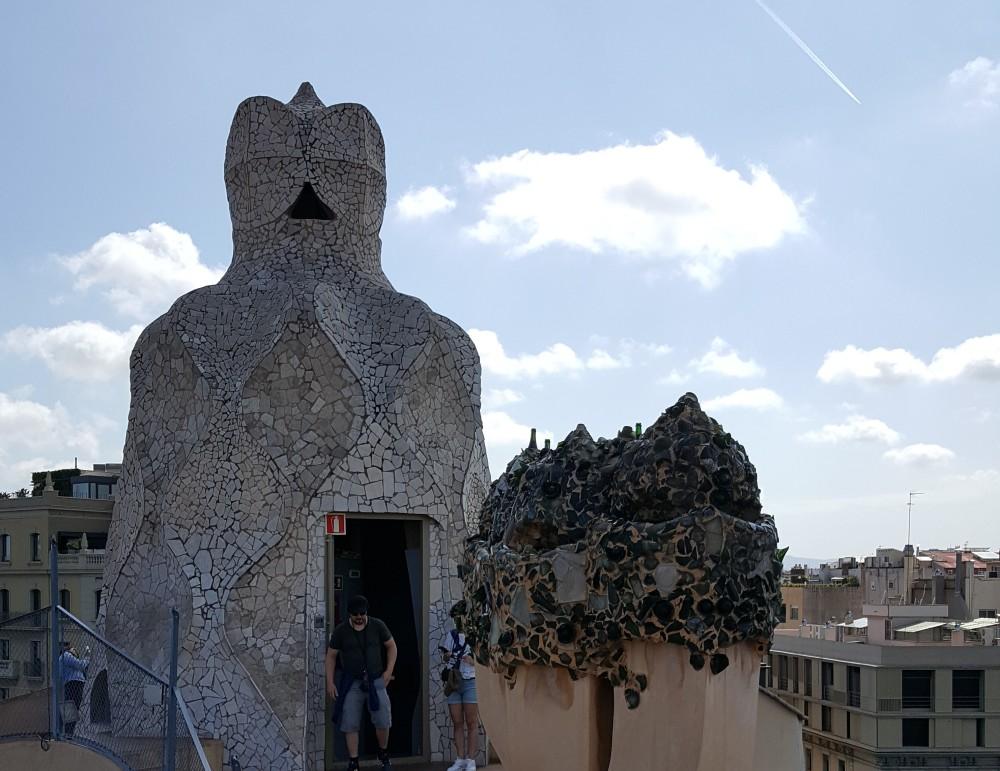 La Pedrera terrazza comignoli Barcellona Spagna