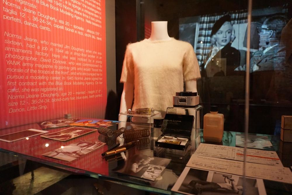 Prodotti di bellezza di Marilyn Monroe Mostra Palazzo Madama Torino