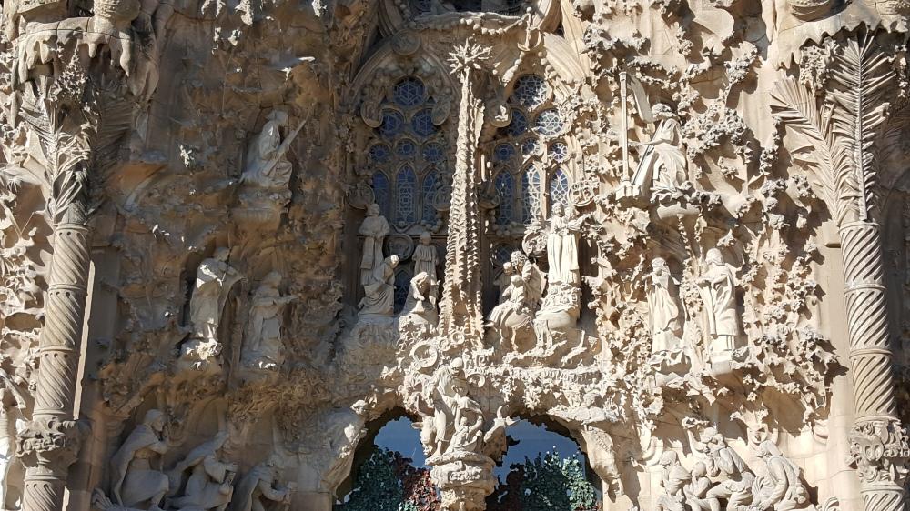 Sagrada Familia Facciata della Natività Gaudì Barcellona