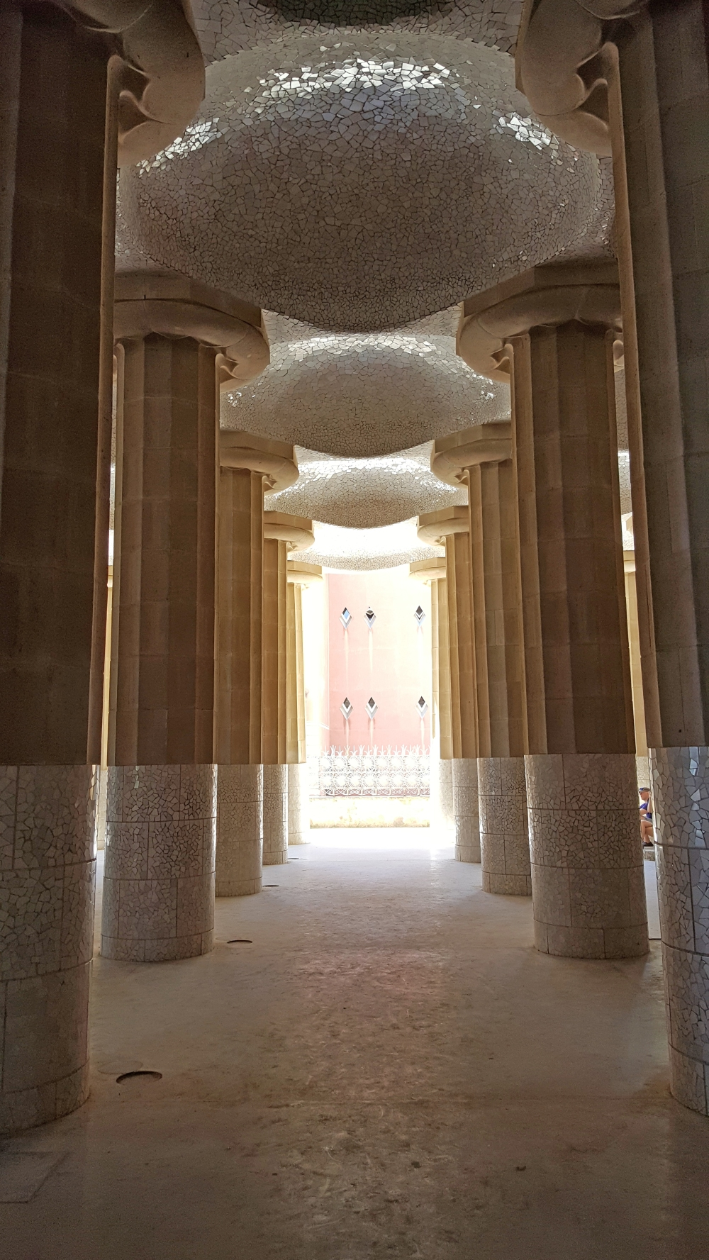 Sala Ipostilla Park Guell Gaudì Barcellona