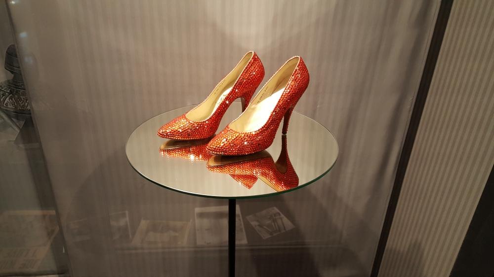 Scarpe Rosse con Swarovski di Ferragamo per Marilyn Monroe Mostra Palazzo Madama Torino