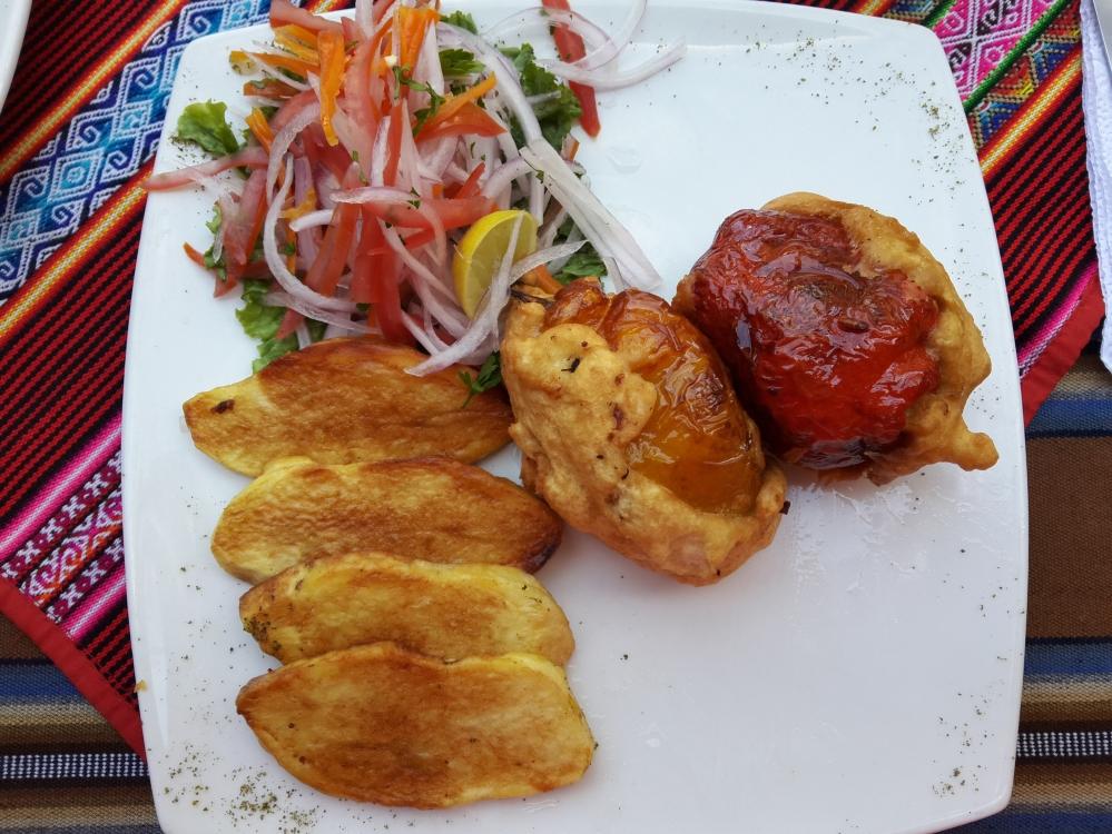 rocoto relleno-peperone-patate-piatto tipico peruviano-gastronomia-Perù-Sud America