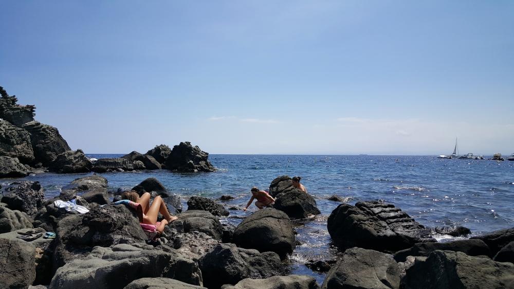 Aci Trezza-Scogli-Mare-Sicilia