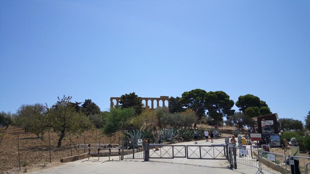 Ingresso-Valle dei Templi-Parco Archeologico-Agrigento-Sicilia