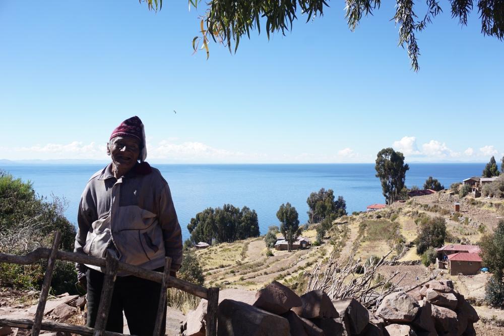 Taquile-isola-lago Titicaca-America latina-Perù-abiti tradizionali