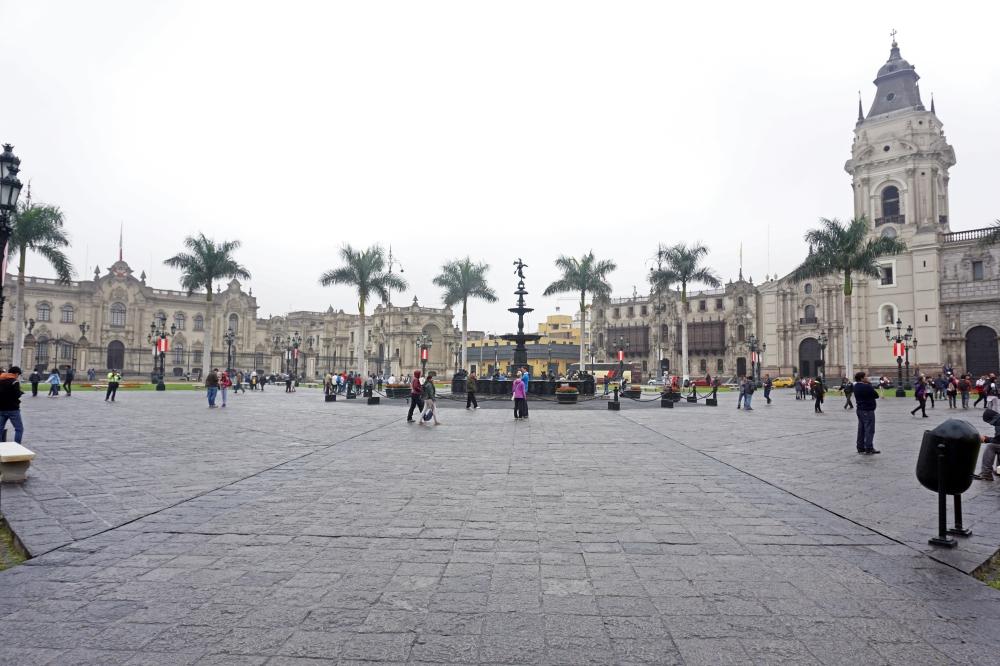 Plaza Major-Lima-Centro storico di Lima-architettura coloniale-Perù-Sud America-viaggio di nozze