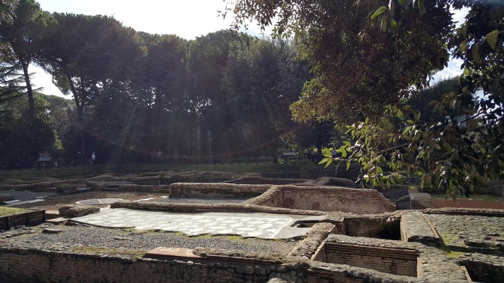 Capo di Bove-Resti terme romane-mosaico pavimentale-Appia Antica-Roma