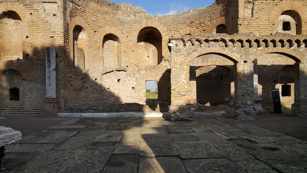 Ninfeo dei Quintili-Via Appia Antica-Parco archeologico-Roma