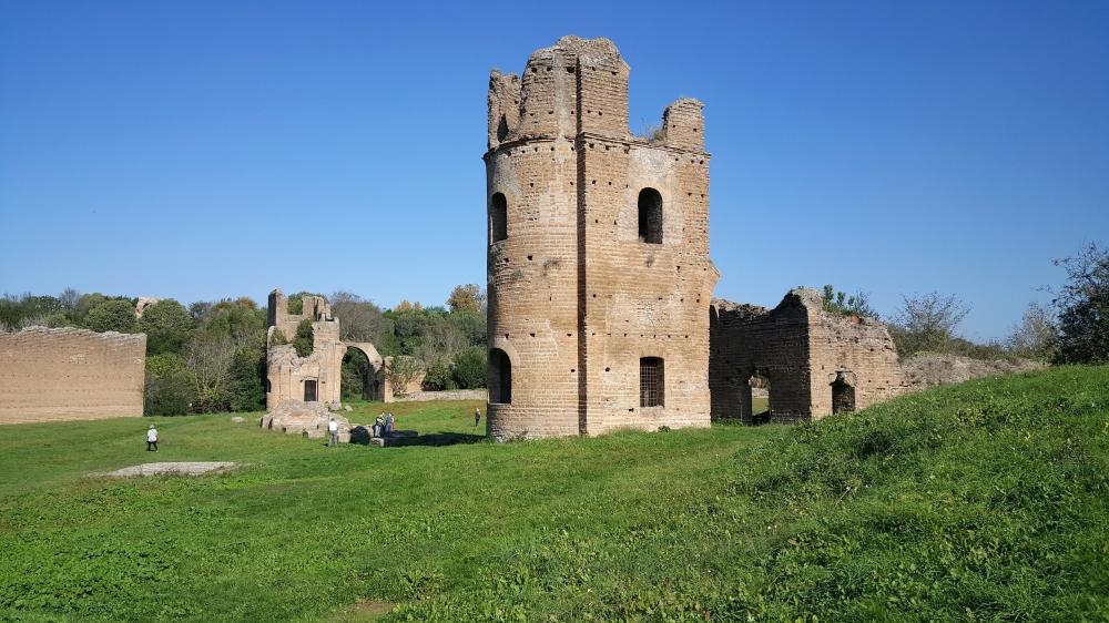Villa di Massenzio-resti archeologici-Via Appia Antica-Roma