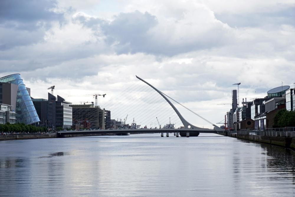 Ponte-Liffey-Fiume Liffey-Samuel Beckett-Calatrava-Santiago Calatrava-Dublino-Irlanda-Architettura-Viaggio
