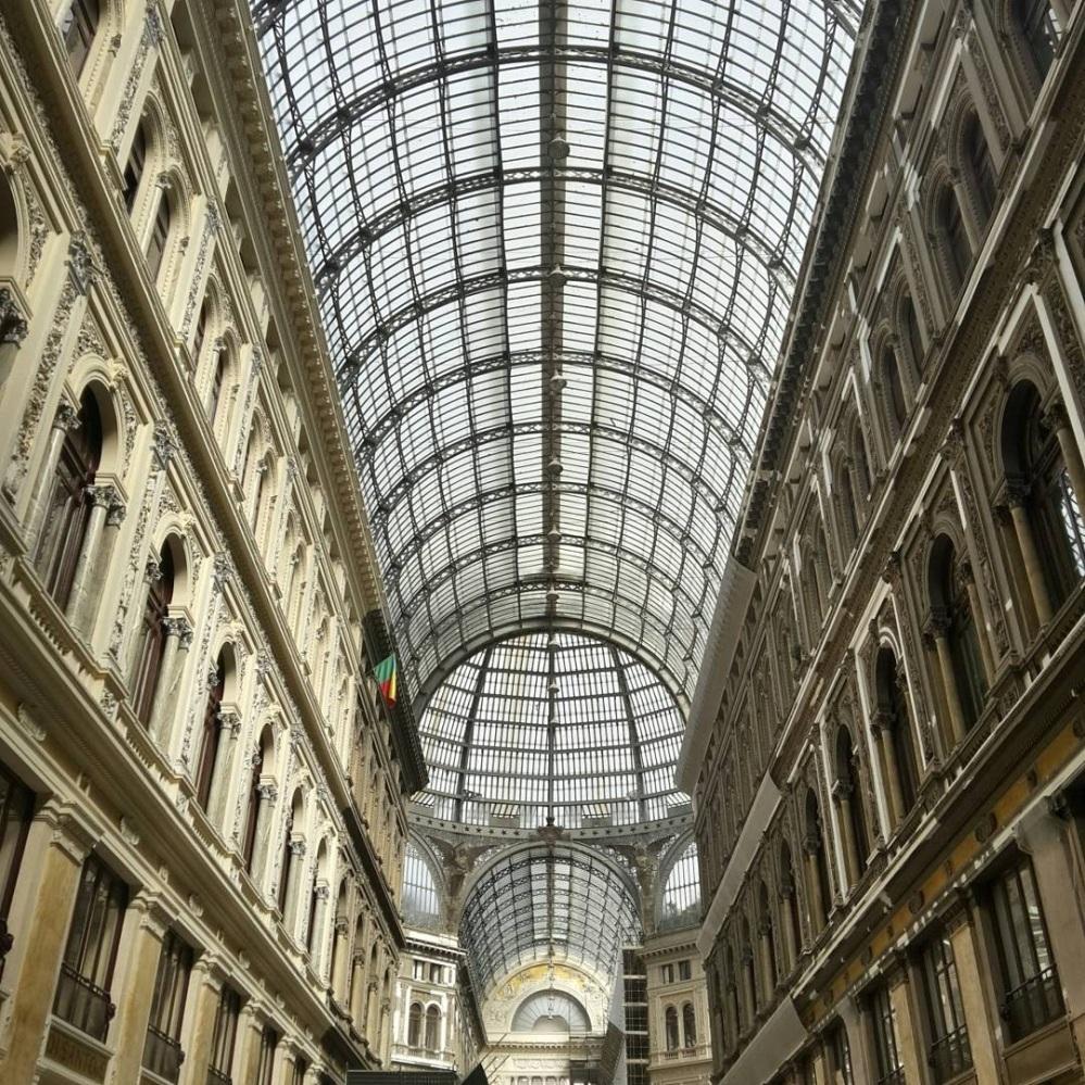 Architettura-Napoli-Visitare Napoli-Cosa vedere a Napoli-Viaggio a Napoli-Viaggiare-Fotografia-Un giorno a Napoli-Gita a Napoli