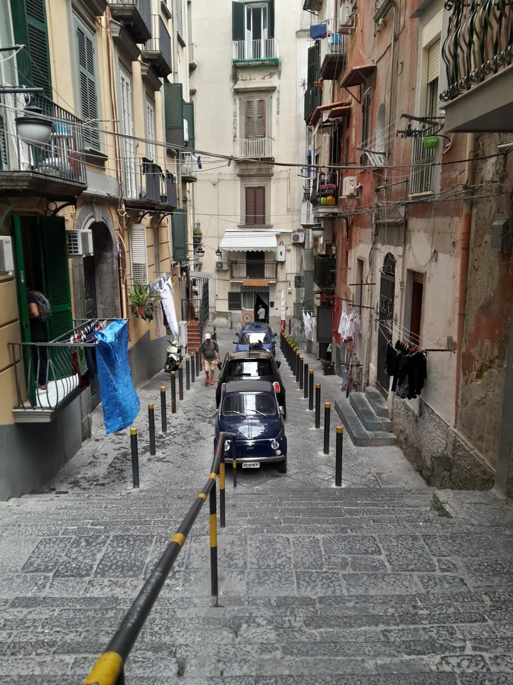 Napoli-Weekend a Napoli-Vedere Napoli-Viaggio-Viaggiare-Quartieri spagnoli-Centro storico-Città-Sud Italia