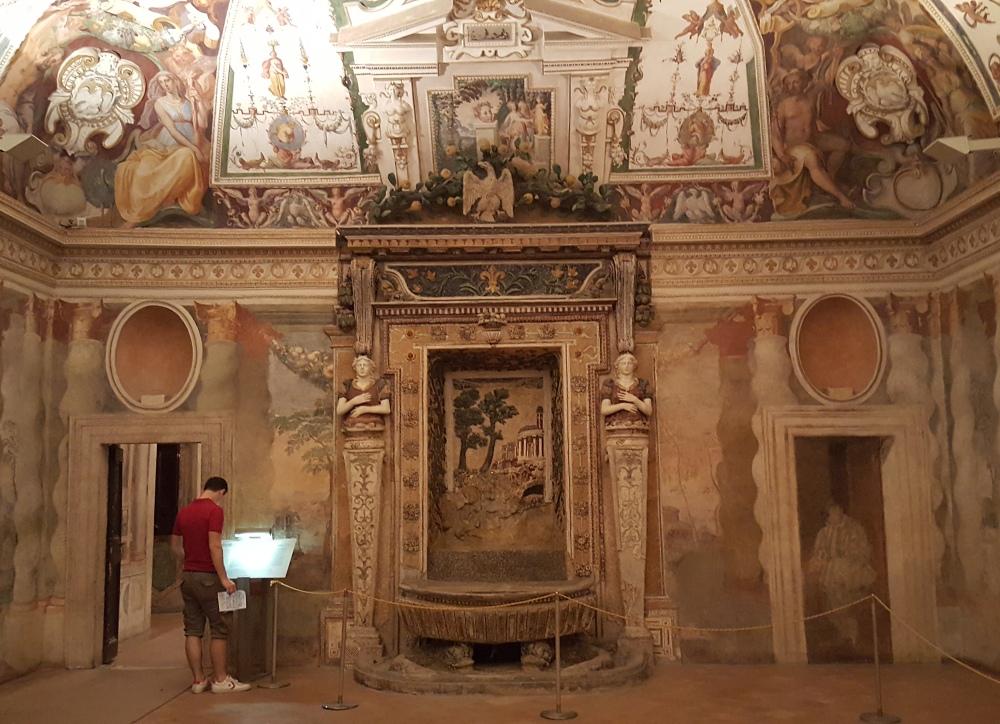 Sala della Fontana-Villa d'Este-Tivoli-Tempio della Sibilla-Roma