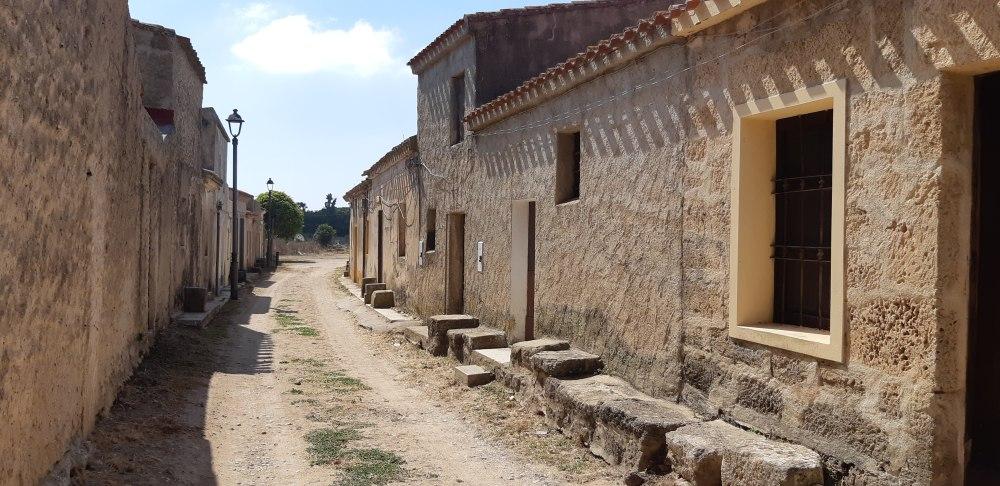Cabras-Archeologia-Architettura-Sardegna-San Salvatore Cabras-Oristano-Viaggio in Sardegna-Dove andare in Sardegna-Vacanze Sardegna-Estate Sardegna-blog arte-Blog cultura-Blog viaggi